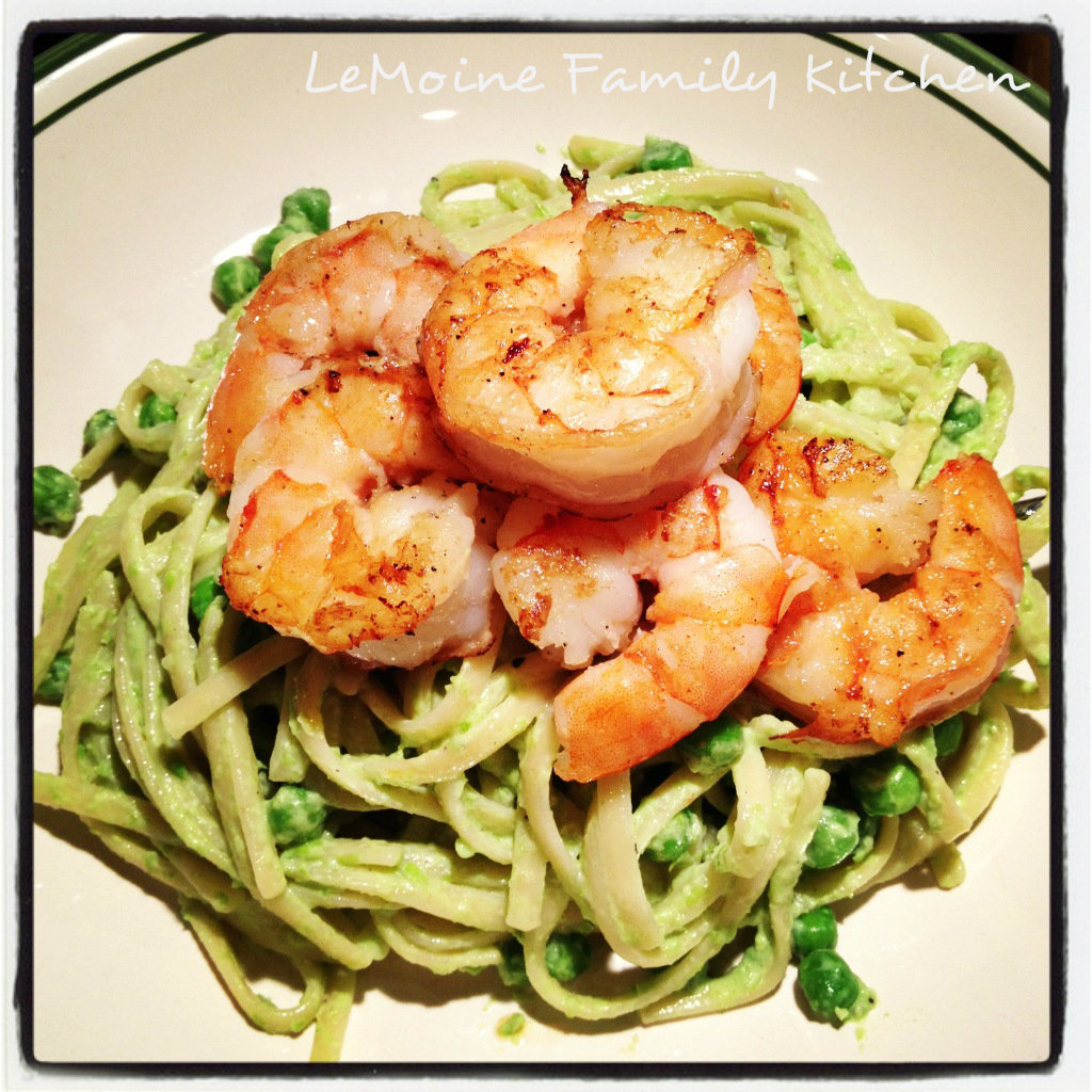 Linguini in a Creamy Pea Sauce and Sautéed Shrimp. This pasta dish is so easy to make and the flavors are amazing. Perfect weeknight meal