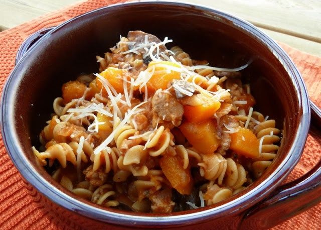 Butternut Squash & Wild Mushroom Rotini {plus turkey sausage and whole wheat pasta, healthy and delicious. Perfect for fall}.