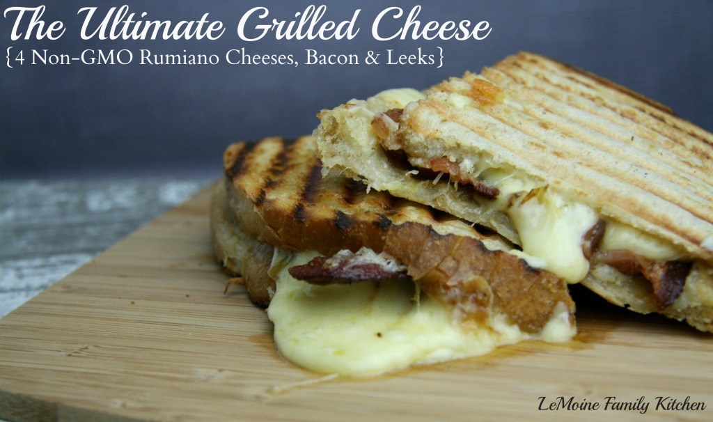 The Ultimate Grilled Cheese {4 Cheeses, Bacon & Leeks} | LeMoine Family Kitchen #rumianocheese #grilledcheese #sandwich #easy #bacon